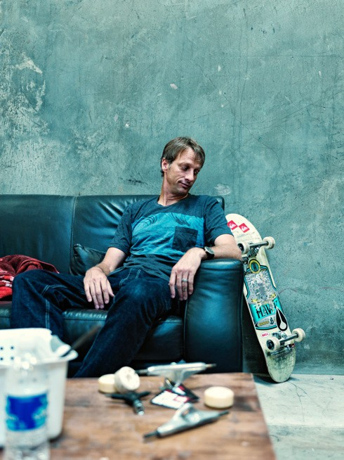 http://www.hoeltschi.com/files/gimgs/th-10_02_Tony Hawk.jpg