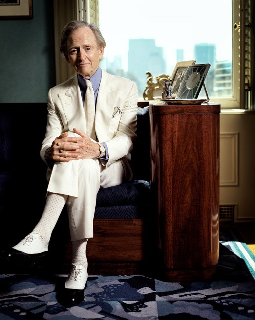 http://www.hoeltschi.com/files/gimgs/th-13_07_Tom Wolfe.jpg