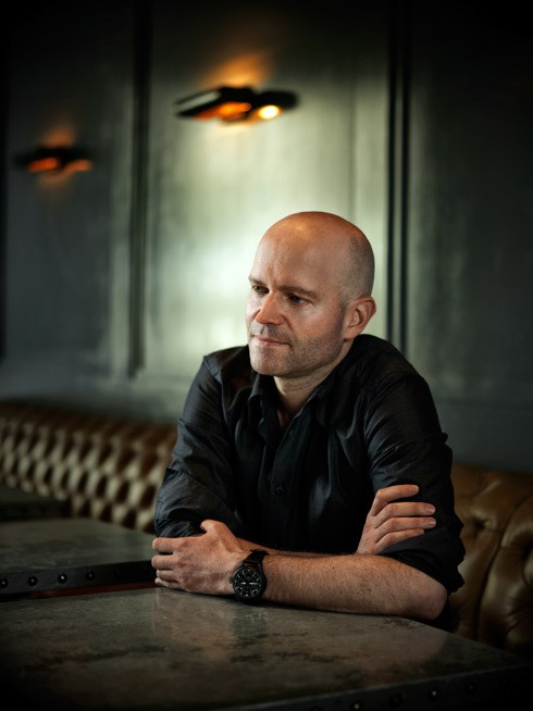 http://www.hoeltschi.com/files/gimgs/th-13_12_Marc Forster.jpg