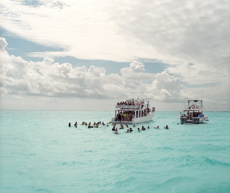 http://www.hoeltschi.com/files/gimgs/th-9_04_Stingray City.jpg