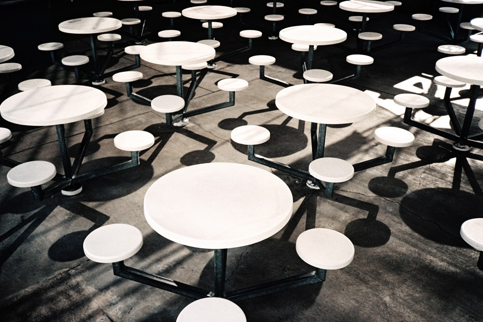 http://www.hoeltschi.com/files/gimgs/th-9_08_White Tables.jpg